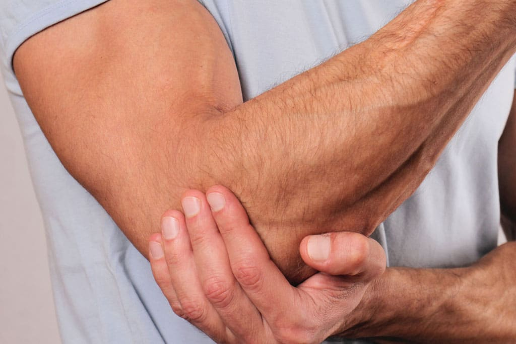 Osteopathy elbow pain